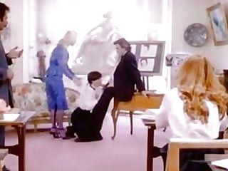 Brigitte Lahaie - Les Petites Ecolieres (1980) Sc3